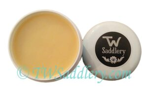 TW Saddlery Saddle Revitalizer Jar Open